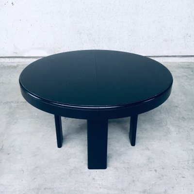 1970's Midcentury Modern Italian Design Extendable Dining Table by Former