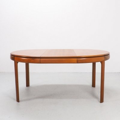 Bramin extendable teak no. 25 dining table by H.W. Klein, 1960s
