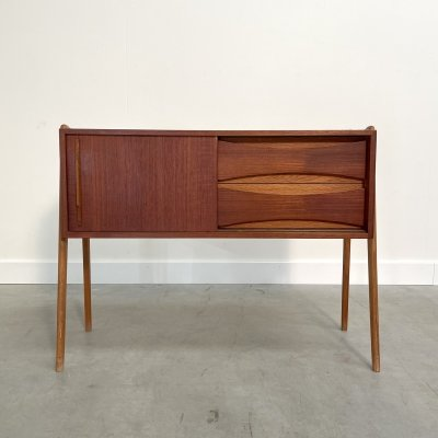 Small vintage teak chest of drawers / cabinet, 1960s