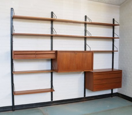 Poul Cadovius 'Royal System' wall unit in teak, 1960s