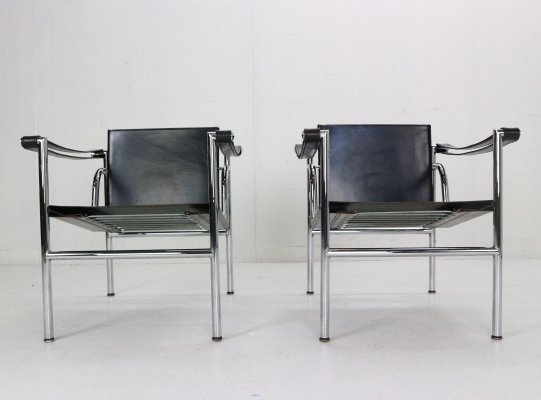 Le Corbusier set of 2 Black Leather LC1 Armchairs for Cassina, 1970s