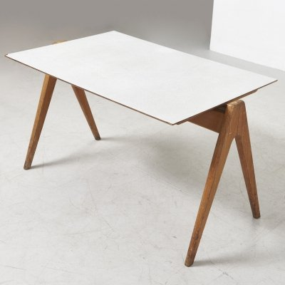 'Hillestak' dining table by Robin Day for Hille, United Kingdom 1950's