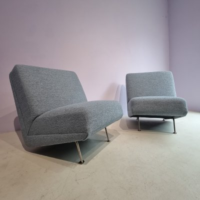Pair of vintage lounge chairs by Theo Ruth for Artifort