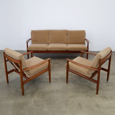 Grete Jalk for France & Son sofa & chairs