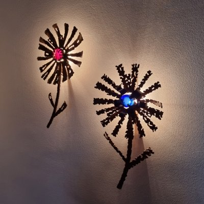 Pair of Brutalist Flower Wall Lights in metal & Murano glass, Italy 60s