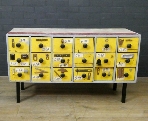 Vintage chest of drawers / TV cabinet on legs with 18 drawers