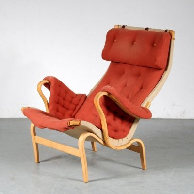 1960s 'Pernilla' chair by Bruno Mathsson for Dux, Sweden
