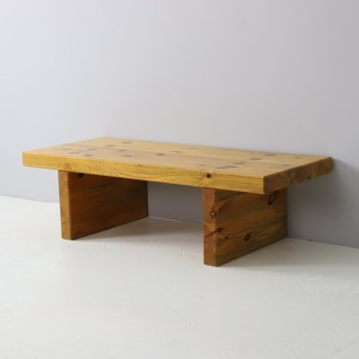 'Bamse' bench in solid pine by Roland Wilhelmsson for K. Andersson & Söner, 1977