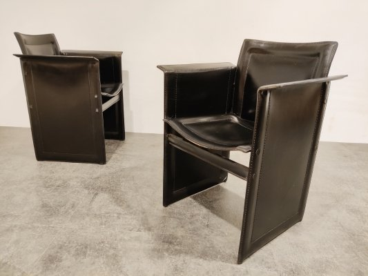 Pair of Tito Agnoli leather side chairs for Matteo Grassi, 1970s
