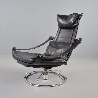 Nelo Möbel black leather swivel lounge chair by Ake Fribytter, 1970s