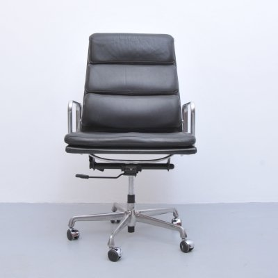 EA219 office chair by Charles & Ray Eames for ICF Italy, 1970s
