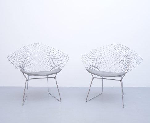 2 x Diamond lounge chair by Harry Bertoia for Knoll, 1950s