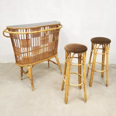 Vintage rattan cocktail bar with stools, 1960s