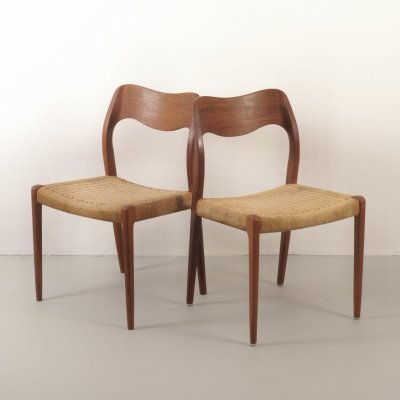 Set of 2 'model No. 71' teak chairs with paper cord seating by Niels Otto Møller