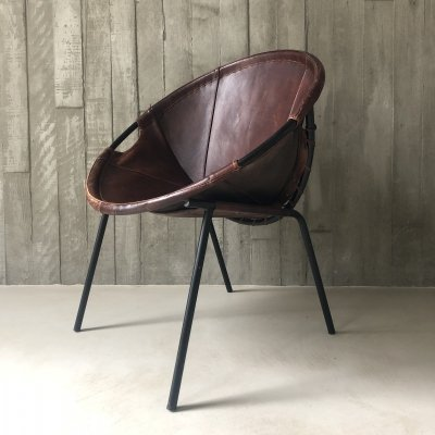 Brown saddle leather balloon chair, 1960s