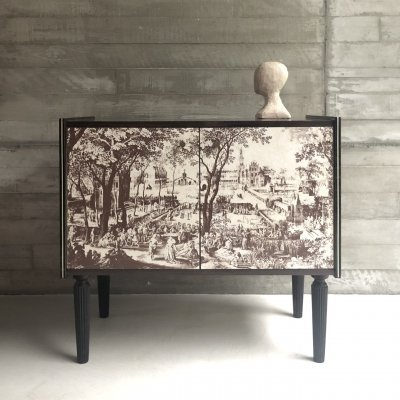 Small Italian liquor cabinet with detailed drawing, 1960s