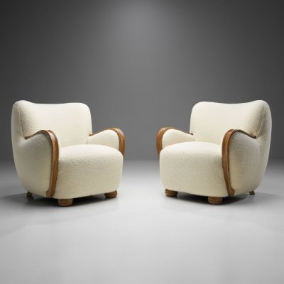 Danish Cabinetmaker Armchairs with Curved Armrests, Denmark 1940s