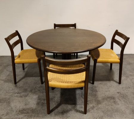 Set of 4 Niels Otto Moller model 84 dining chairs with table, 1960s