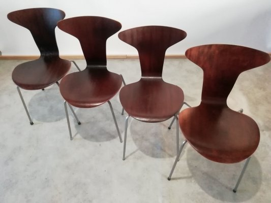 Set of 4 Mid Century 3105 Side Chairs by Arne Jacobsen for Fritz Hansen