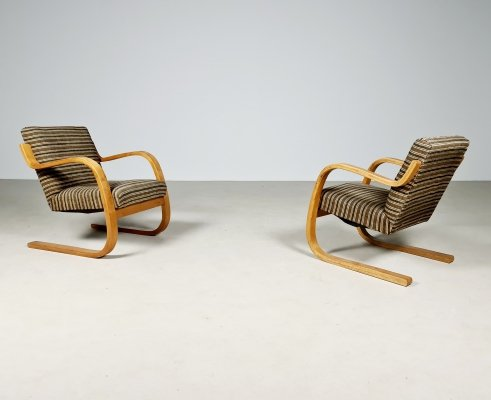 Set of 2 first edition 402 chairs by Alvar Aalto for Finmar, 1930s