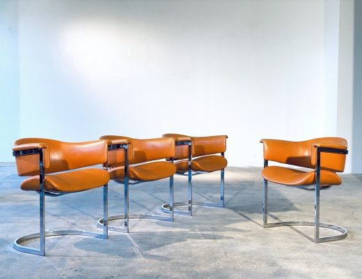 Set of 4 Vittorio Introini Cantilever Chairs in Chrome & Cognac Leather, Italy 1970s