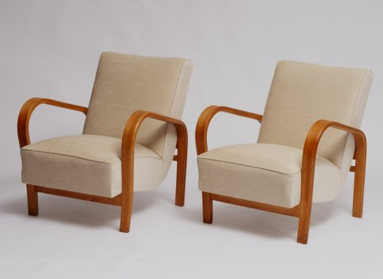 Pair of arm chairs by Jindřich Halabala for Interier Praha, 1960s