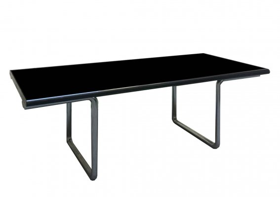 Lc desk by Castelli with a black lacquered wooden shelf & chromed metal structure, 1970s