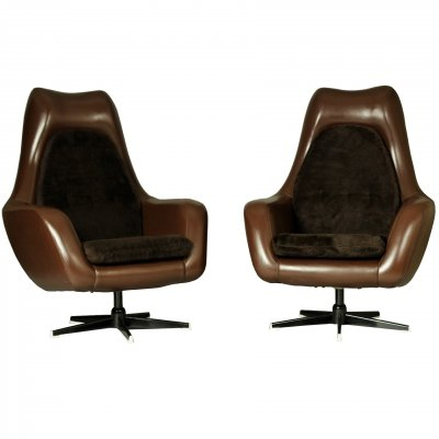 Pair of Swivel Egg Chairs, 1970s