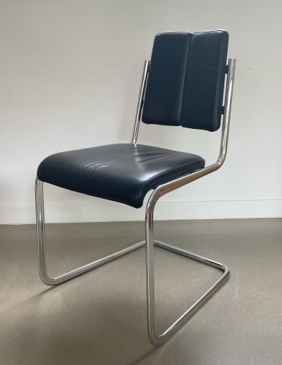 2 Tecta 'freischwinger' chairs by Jean Prouvé, 70-80s