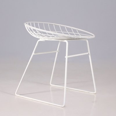 White steel wire 'KM 05' stool by Cees Braakman for Pastoe, 1950's