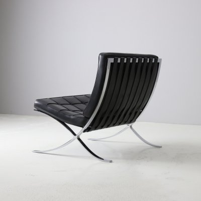 Barcelona lounge chair by Mies van der Rohe for Knoll International, 1980s