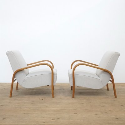 Set of two Jindrich Halabala easy chairs