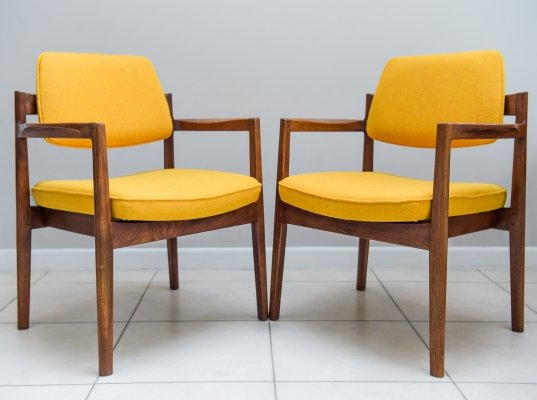 Pair of Arm Chairs by Jens Risom In Walnut, 1960s