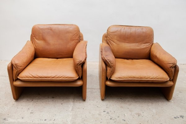 Set of Two Camel Leather 'Model DS16' Chairs from de Sede, 1970s
