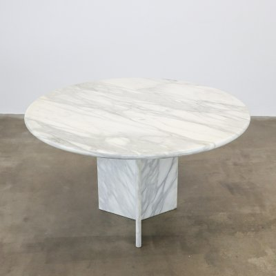 Round carrara marble dining table, 1980s