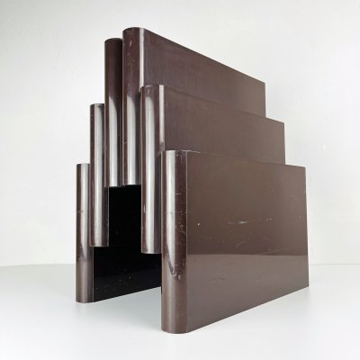 Mod. 4675 Magazine rack with 6 compartments by Giotto Stoppino for Kartell, Italy 1970s
