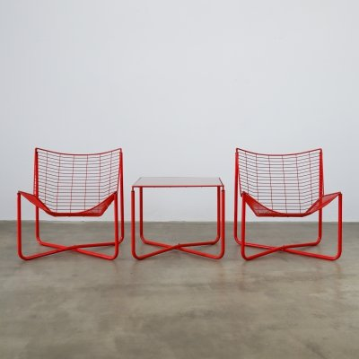 Niels Gammelgaard lounge chairs & table in red
