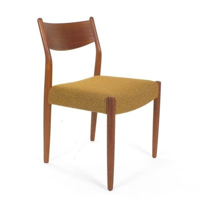 Set of four ocher dining chairs by Pastoe, 1960s