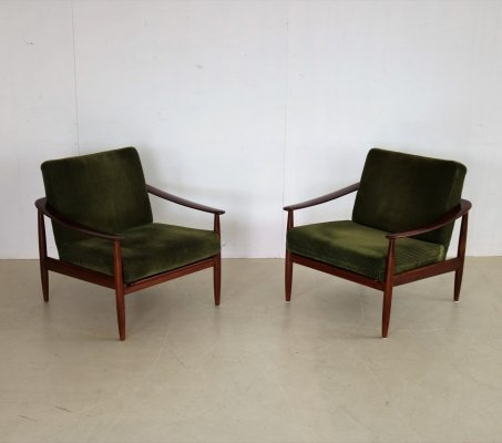 Pair of lounge chairs by Walter Knoll for Knoll, 1960s