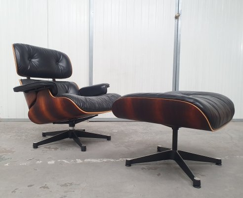 Charles & Ray Eames Rosewood lounge chair & ottoman by Vitra, 1990s