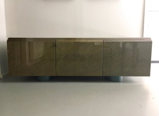 Lacquered sideboard by Giovanni Offredi for Saporiti, 1970s