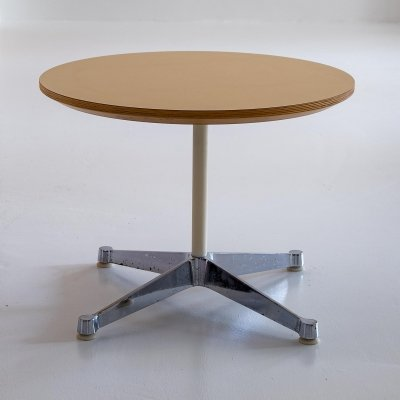 Contract base side table by Charles & Ray Eames for Herman Miller, 1970s