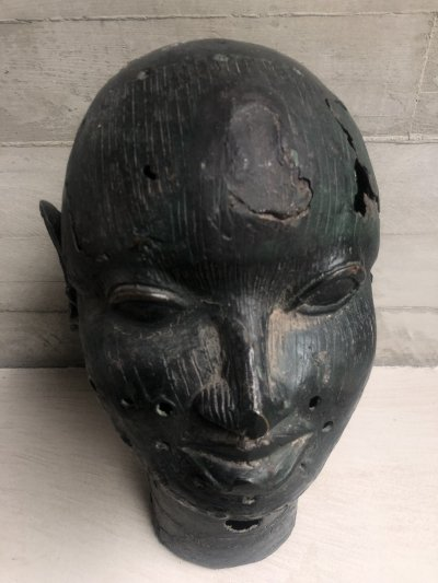 African bronze head of Obe (king) of the Ife Nigeria, 1950s