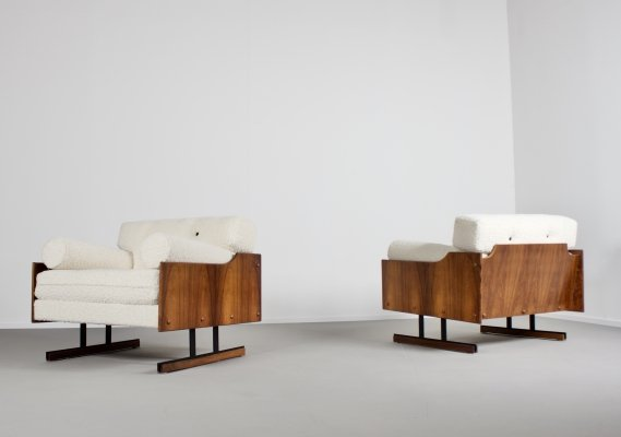 Exceptional Rosewood & Bouclé Lounge Chairs by Moveis Corazza, Brazil 1960s