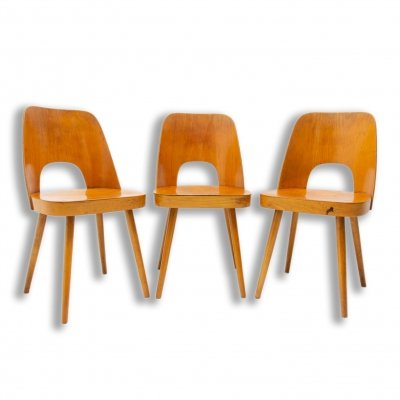 Set of 3 Mid Century dining chairs by Radomír Hofman for TON, 1960s