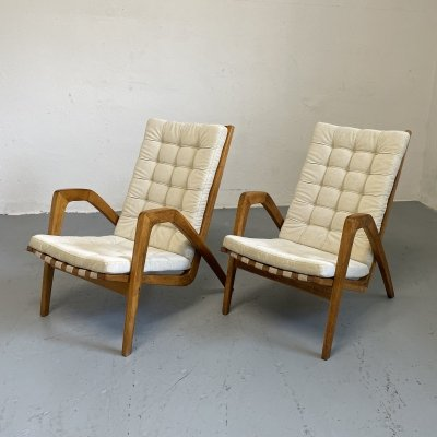 Pair of arm chairs by Jan Vaněk for ÚĽUV, 1960s