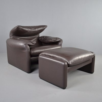 Brown leather Maralunga armchair + ottoman by Vico Magistretti for Cassina, 1973