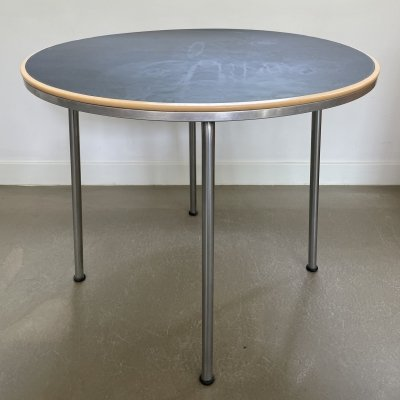 Minimalistic design side table by W. Gispen for Gispen, 1950's