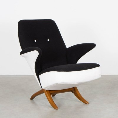 Pinguïn (model 1003) lounge chair by Theo Ruth for Artifort, 1950s