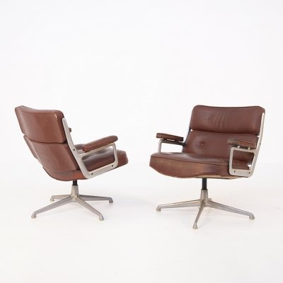 Pair of ES 105 Lobby lounge chairs by Charles & Ray Eames for Herman Miller, 1950s